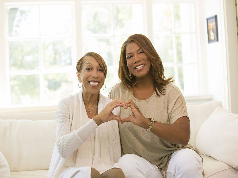 Queen Latifah Announces Her Mother Rita Owens Has Died After Long Battle With Heart Condition